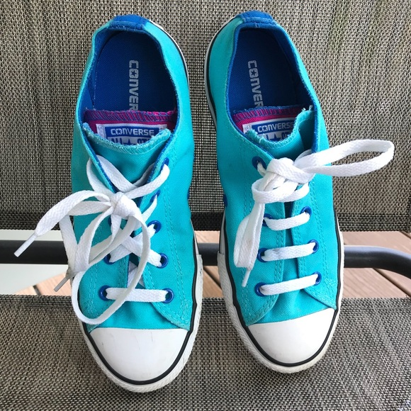 4cf9bf1a8787 Converse Other - Girls convers size 4